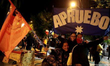 Chile aprueba con mayoría redactar una nueva Constitución