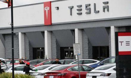 Tesla retirará 30.000 automóviles en China