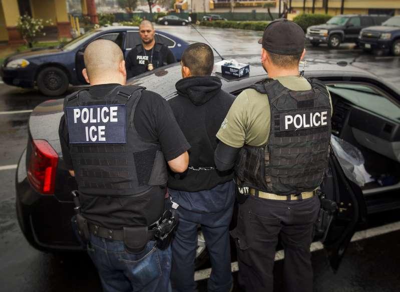 ICE advierte que deportará a indocumentados que se comprometieron a abandonar el país de forma voluntaria y no lo han hecho