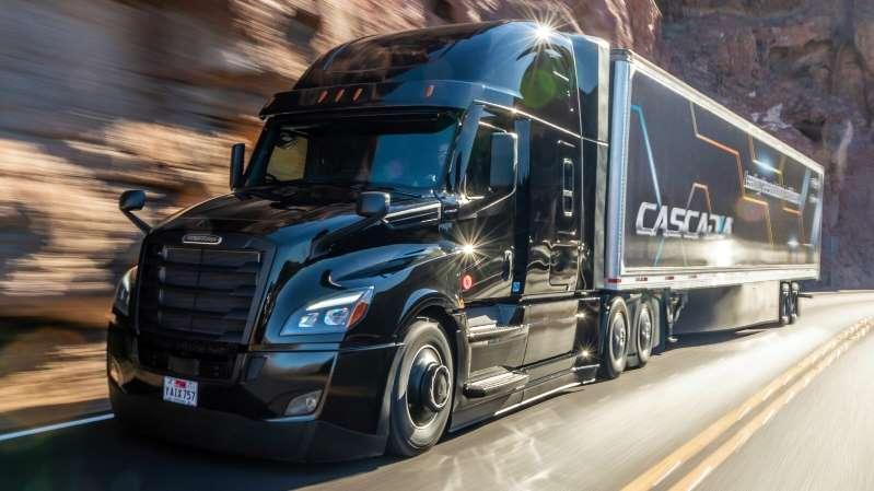 Daimler se asocia con Waymo para desarrollar camiones con conducción autónoma