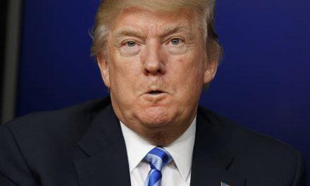 """Coronavirus: Trump califica de """"estúpido"""" hacer """"tantas"""" pruebas de detección en EU"""