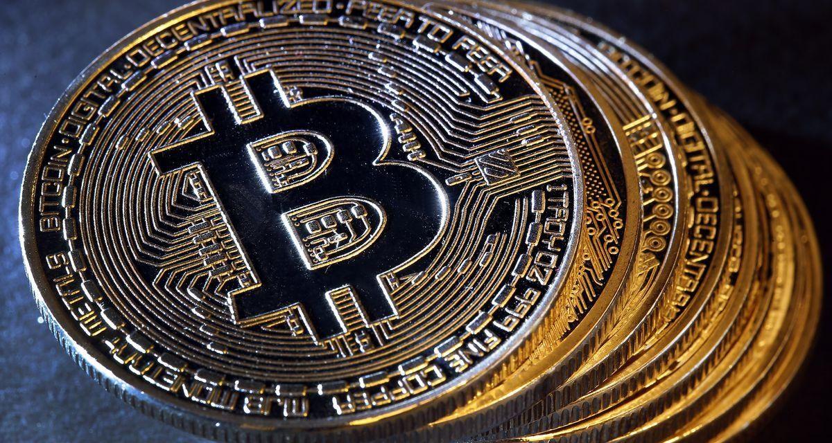 Precio de Bitcoin roza los USD 18,000 y mantiene el nivel de soporte clave, ¿qué es lo que se viene?