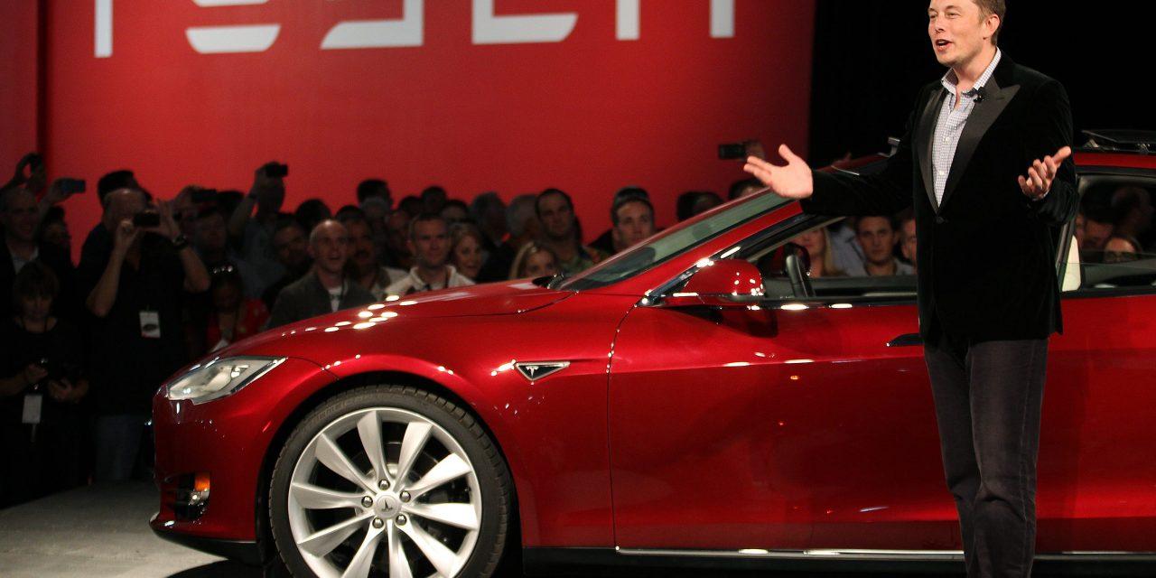 Debut de Tesla en S&P 500 podría generar demanda de US$8.000M