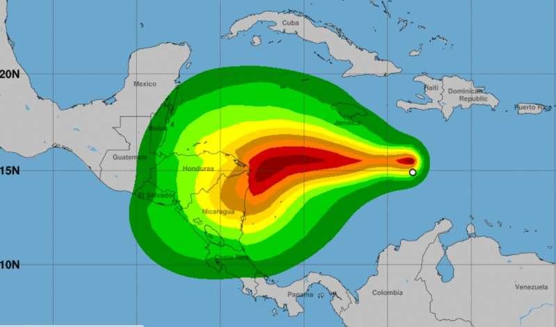 Se forma Eta en el Caribe, la tormenta tropical número 28 que puede llegar como huracán a Centroamérica el lunes