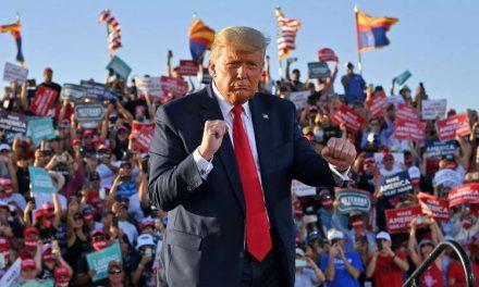 Caos, ansiedad y optimismo: una mirada a la frenética campaña de Trump de los días finales