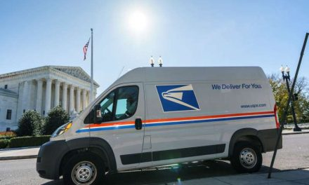 Servicio Postal dice no poder cumplir orden de juez