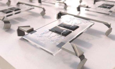 Científicos crean 1 millón de microrobots que caben en la punta de una aguja