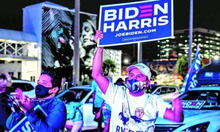 Los latinos apoyaron por abrumadora mayoría a Biden
