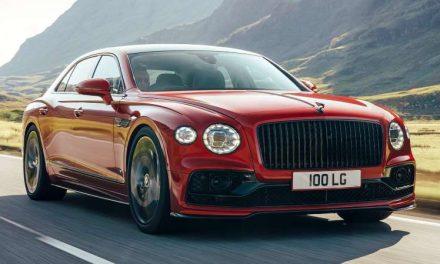 Bentley Flying Spur V8 tiene menos poder, pero también es más ligero y accesible