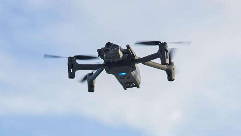 El nuevo dron Anafi USA de Parrot tiene tres cámaras con zoom 32x