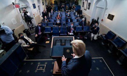 Autoridades estatales desmienten las falsas denuncias de fraude de Trump