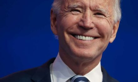 Biden dice que nada detendrá la transferencia del poder en EEUU