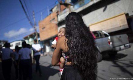 """ONU señala: """"El embarazo adolescente es una fábrica de pobres en América Latina"""""""