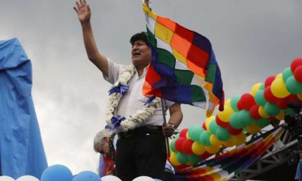Evo Morales concluye caravana de tres días