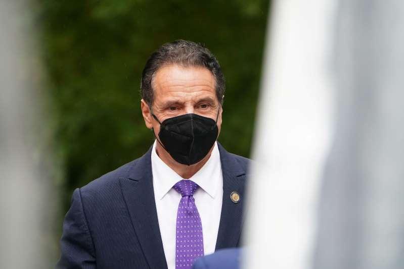 Nueva York cambia reglas de cuarentena por coronavirus para ingreso al estado