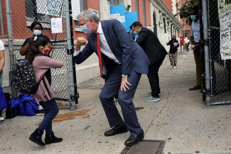 Nueva York vuelve a cerrar sus escuelas desde el jueves por avance del coronavirus