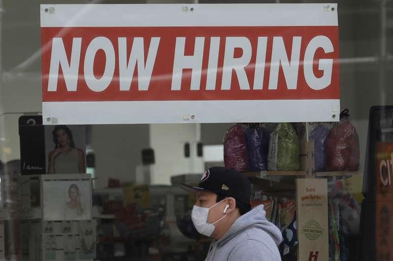 Suben solicitudes de ayuda por desempleo en Estados Unidos