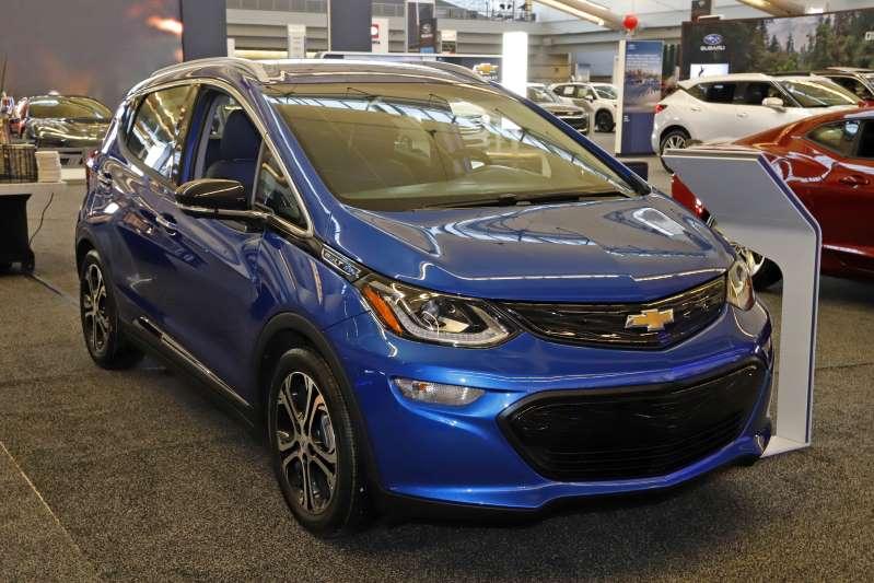 Batería nueva reducirá costo de vehículos eléctricos: General Motors