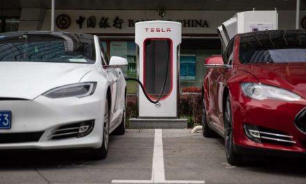 Autos eléctricos en países emergentes acabarán con la era del petróleo, según informe