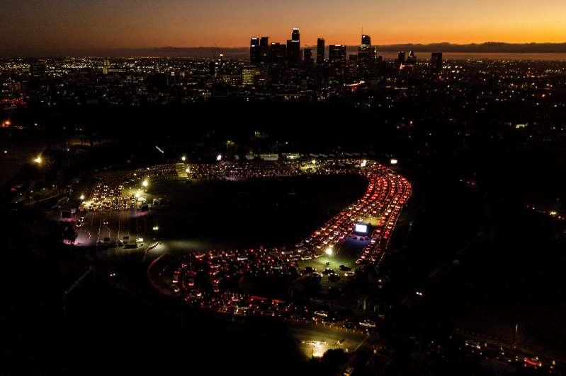 California anuncia toque de queda nocturno por COVID-19