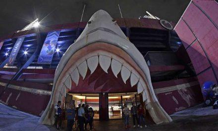 Revientan a Fidel Kury. Escudo, nombre y estadio de Tiburones Rojos pertenecen ya al gobierno de Veracruz