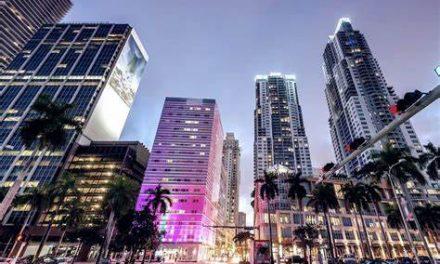 Miami entregará 8.5 millones en tarjetas para comprar alimentos y ayuda a negocios