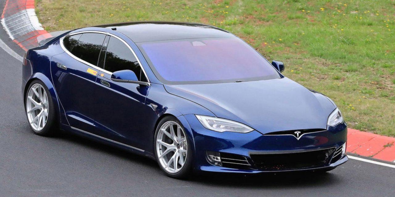 Estados Unidos investiga posibles fallas de suspensión en 115 mil vehículos Tesla