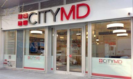 Nueva York: CityMD cerrará temprano debido a filas largas por pruebas COVID y personal trabajando largas horas