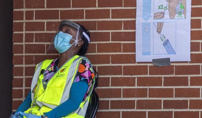 Al menos 47 estados en Estados Unidos están en alerta roja por cifra de contagios y muertes por coronavirus