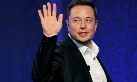 Elon Musk planea atrapar cohetes