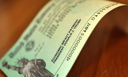 Familias con estatus migratorio mixto recibirán cheque de estímulo