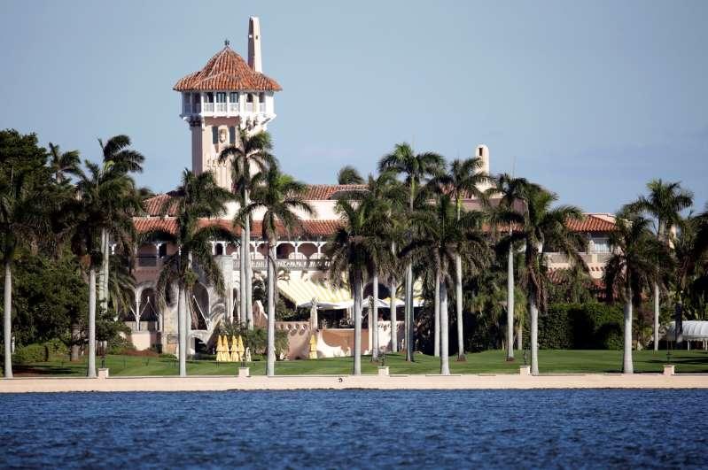 Rebelión de vecinos contra Donald Trump: no quieren que se instale en su residencia de Florida