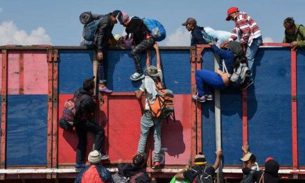 Joe Biden afronta el reto de frenar las caravanas de migrantes de Centroamérica
