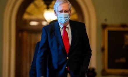 El Senado de EE.UU. aprueba fondos para evitar el cierre de la Administración