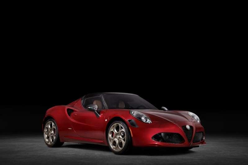 Alfa Romeo 4C Spider 33 Stradale Tributo, el último de una saga