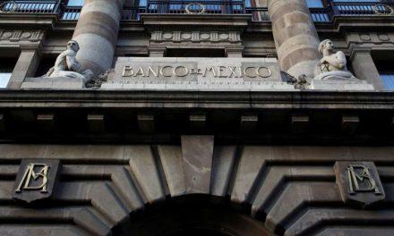 Legisladores mexicanos acuerdan aplazar debate de polémica reforma a ley banco central