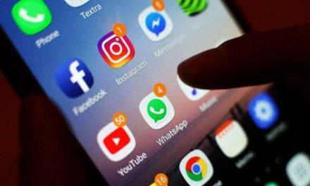 Qué hay detrás de la larga rivalidad entre Facebook y Apple