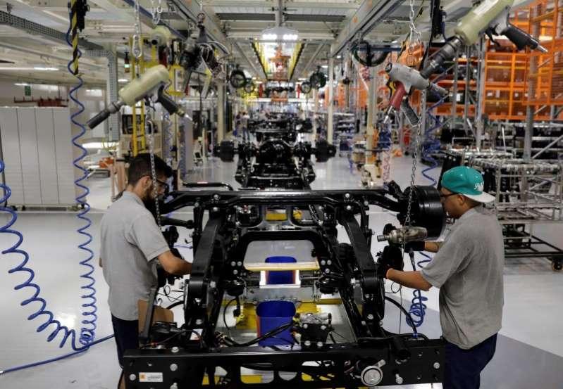 Mercedes Benz pone fin a producción autos de lujo en Brasil con cierre de pequeña planta