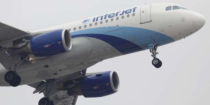 Lo que sabemos hasta el momento de las cancelaciones de vuelos de la reventada Interjet