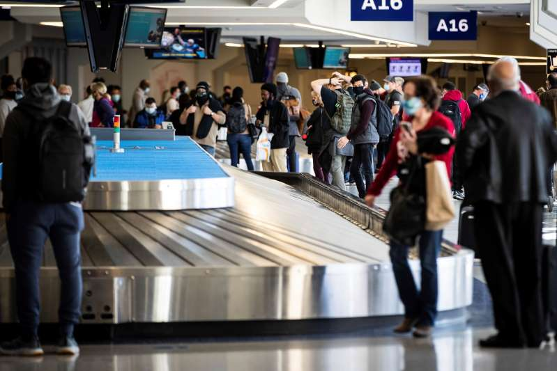 En Estados Unidos 1,28 millones de personas viajaron en avión el domingo