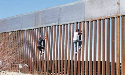 Detener la construcción del muro fronterizo con México le ahorraría a EE.UU. 2.600 mdd