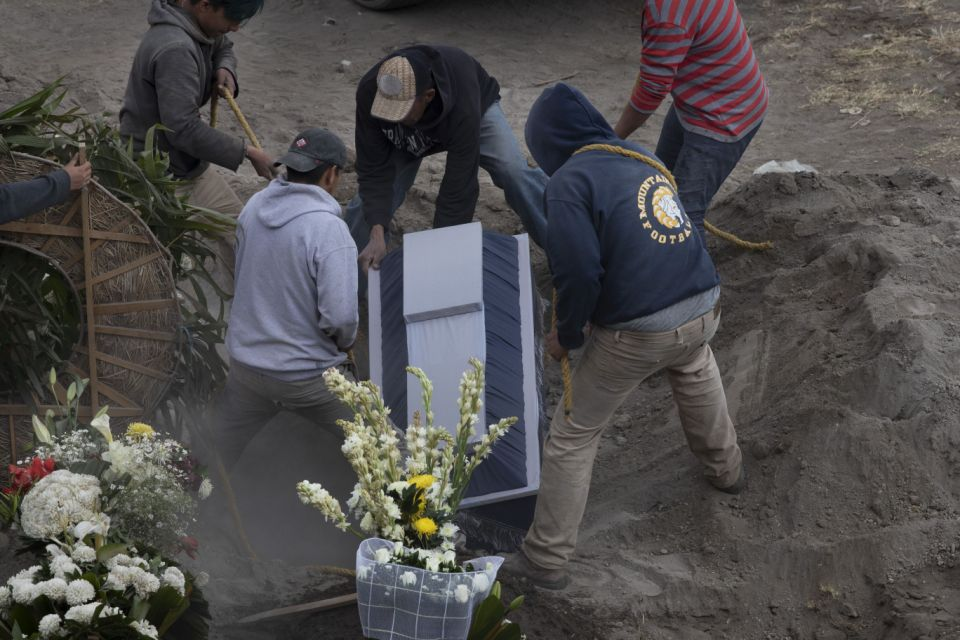 With an infected Covid-19 Lopez Obrador, Mexico tops 155,000 COVID-19 deaths, may be 3rd highest