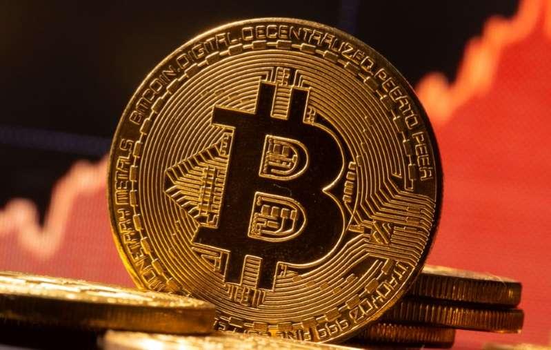 """BofA aconseja huir de acciones """"espumosas"""" y tener cuidado de burbuja del #bitcoin"""