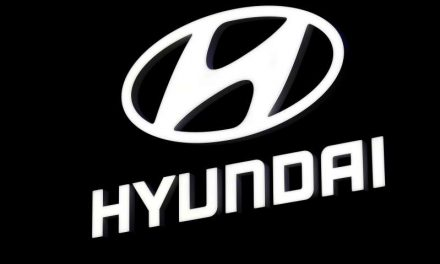 Apple y Hyundai planean tener sociedad para autos eléctricos para marzo: diario