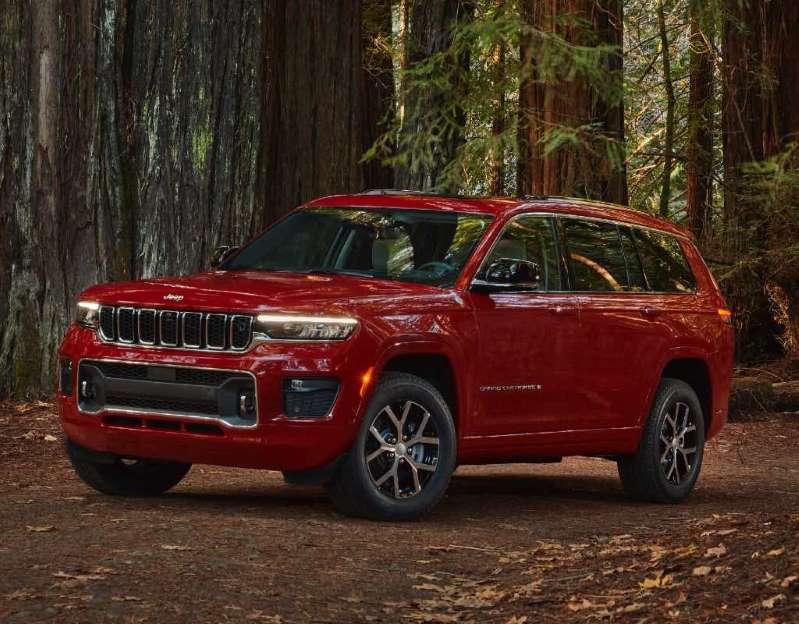 Los directivos de Jeep informan sobre el nuevo Grand Cherokee L