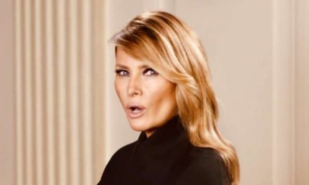 Las redes se burlan de Melania Trump por sus primeras declaraciones tras asalto Capitolio