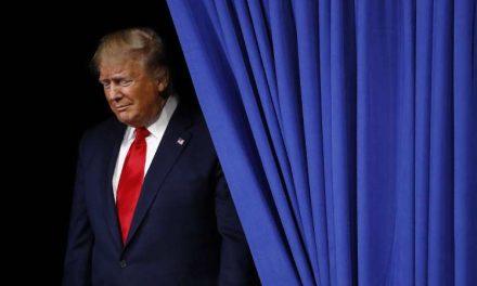 Los demócratas presentan las razones para juzgar a Trump pero darán antes 24 horas a Pence para aplicar la Enmienda 25ª