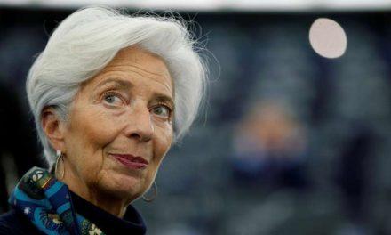 Lagarde reitera proyecciones económicas del BCE pese a confinamientos en Europa