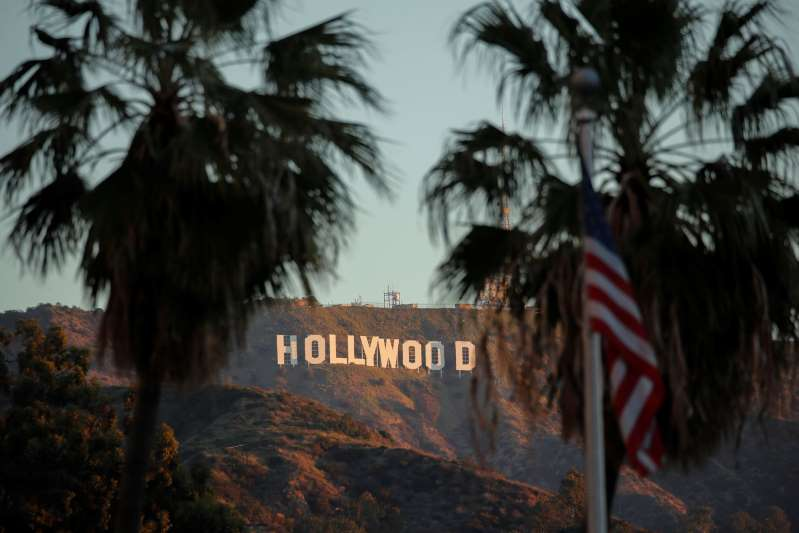 Ingresos por taquilla de Hollywood se desploman a mínimo de 40 años en 2020