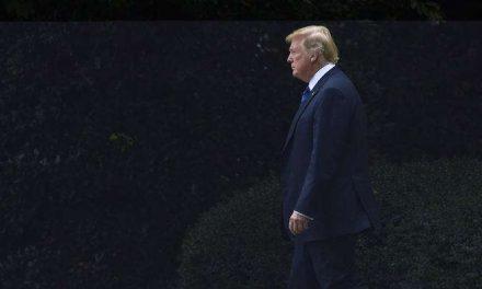 Trump se siente cada vez más solo, aislado y frustrado